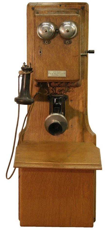 19: Oak Wall Telephone