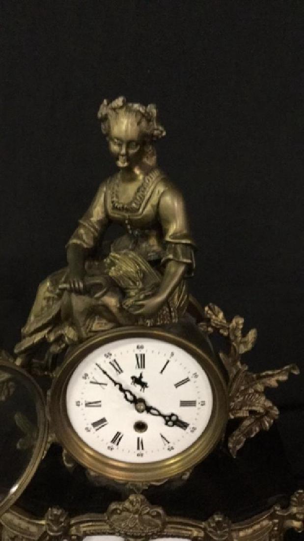 Gilt metal and porcelain Mantel clock - 2
