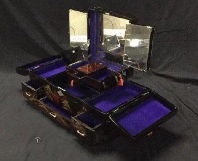 Asian lacquer jewelry box - 3