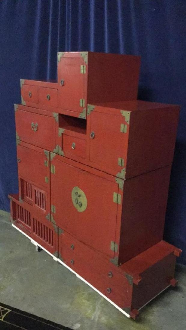 Red lacquer step Tonsue chest - 4