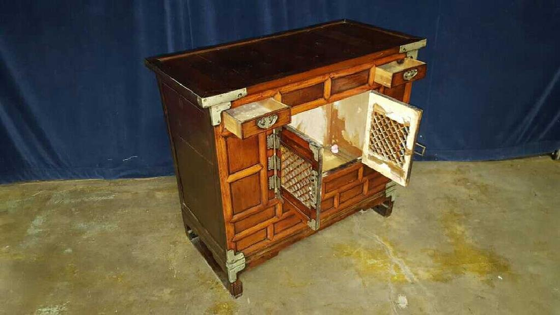 Two Asian style commodes - 5