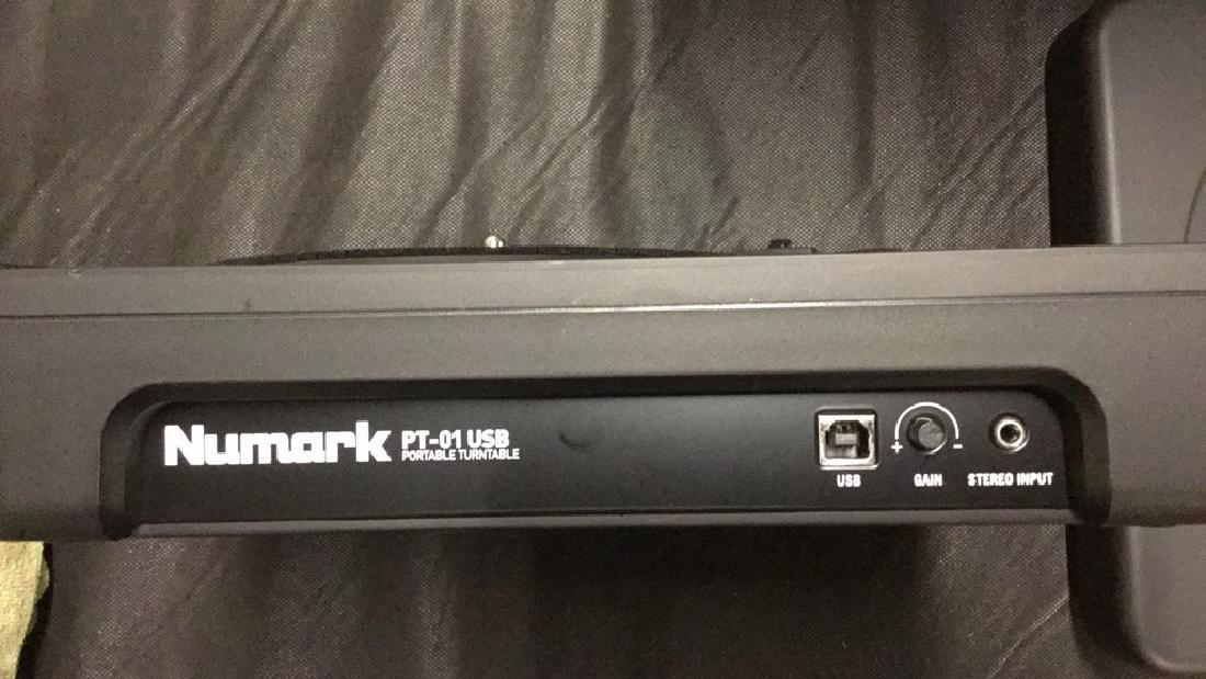 Numark PT-01 portable USB turntable - 4