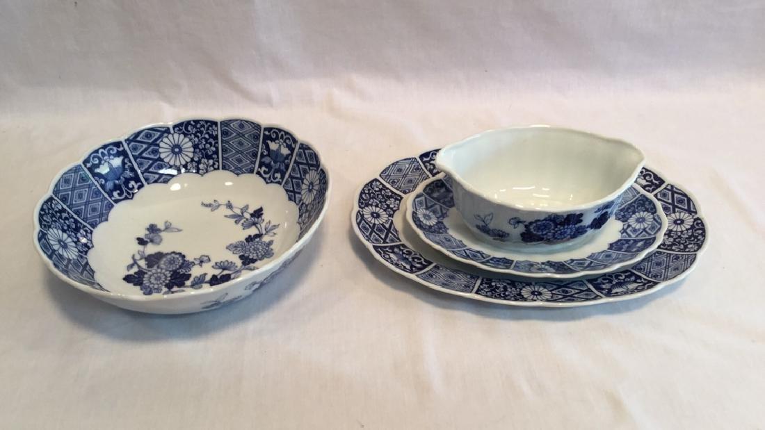 Blue Imari china set of six with extra pieces - 5