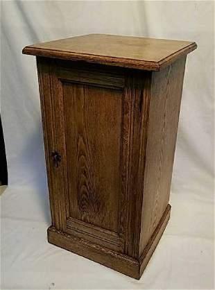 Johnson & Appleyard Ash wood lamp table