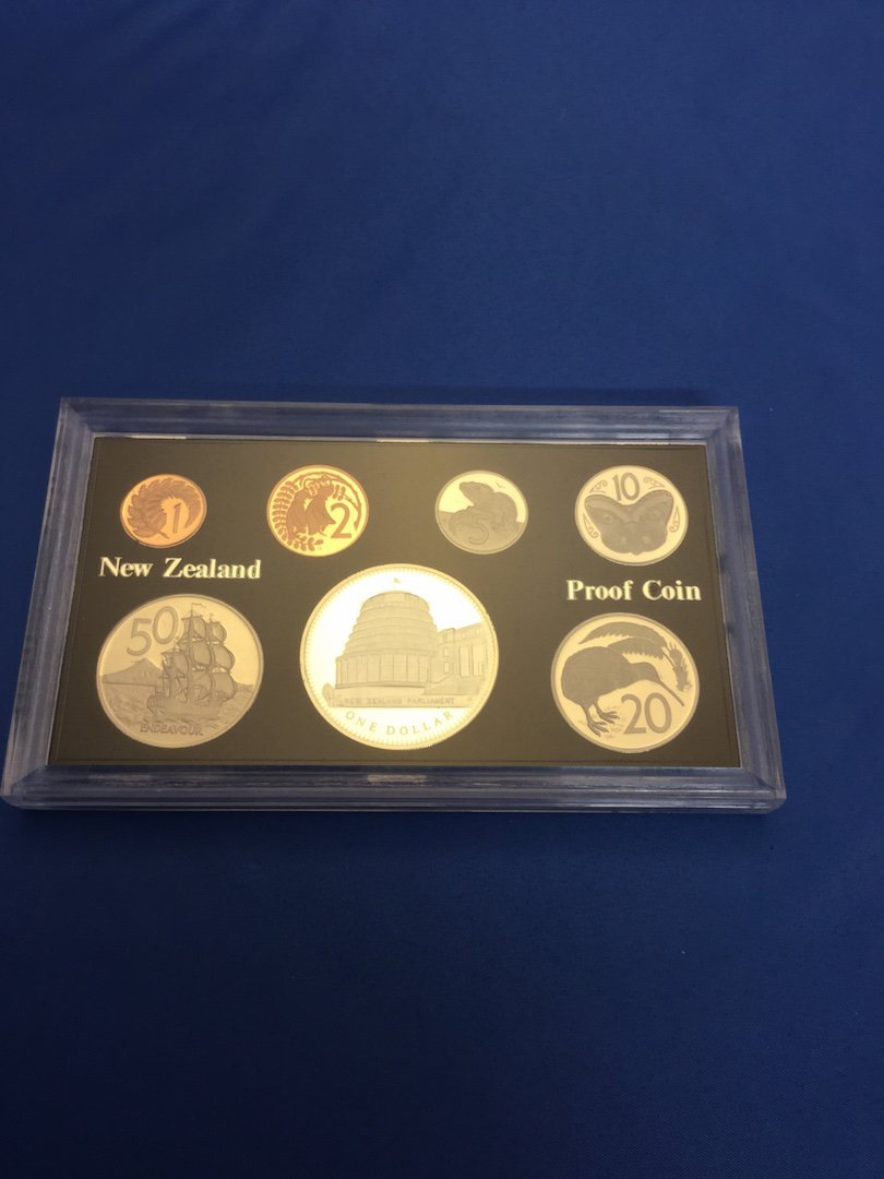 2 New Zealand Coin Sets - 5