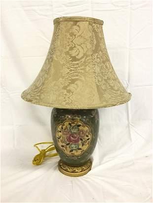 Floral vase lamp