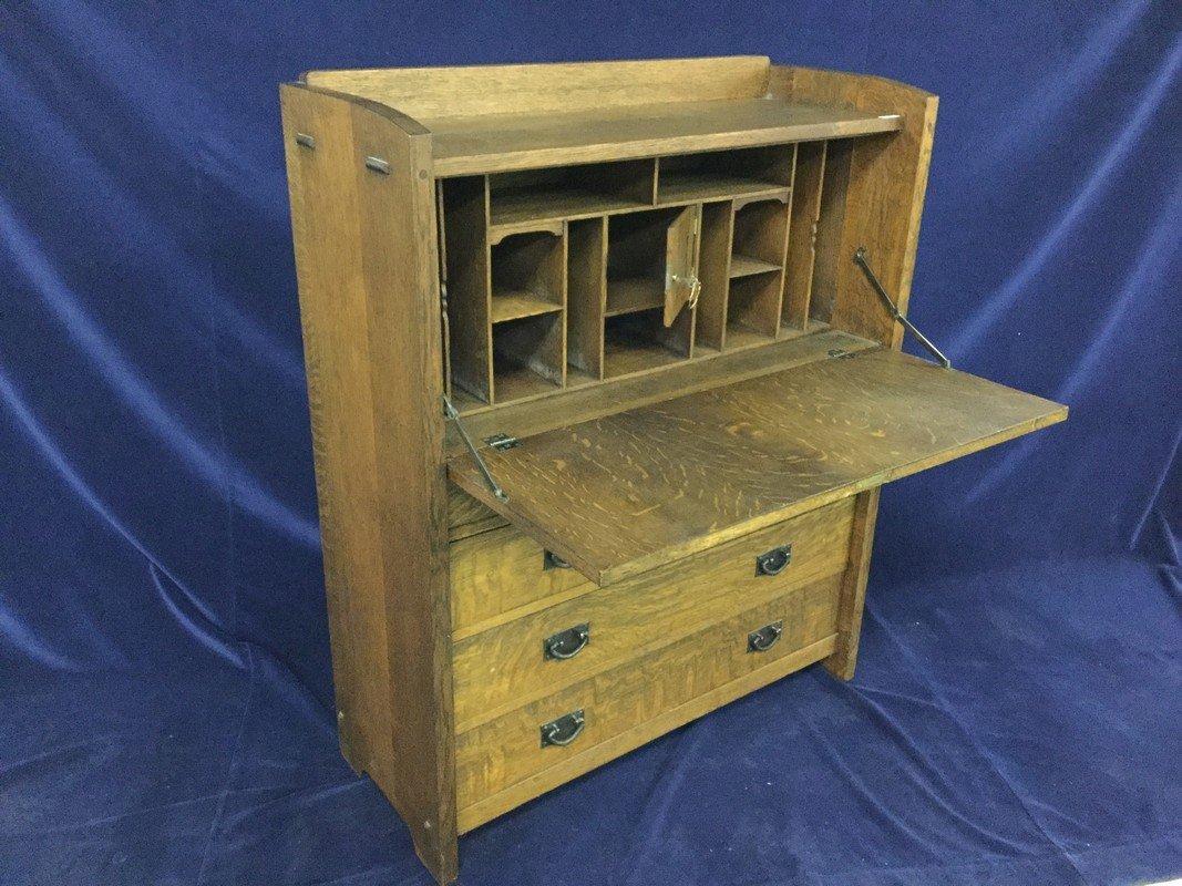 Gustav Stickley arts and craft oak drop front desk. - 3