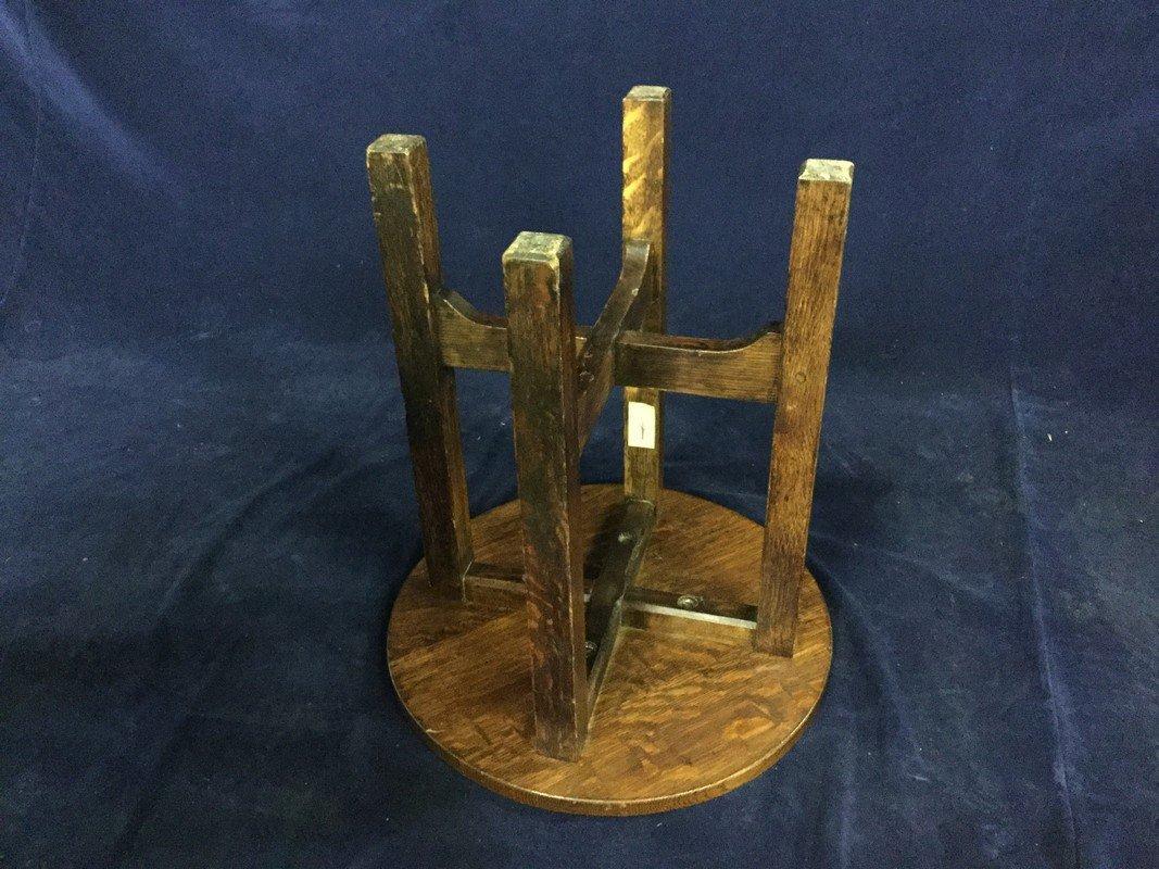 Gustav Stickley round oak table - 2