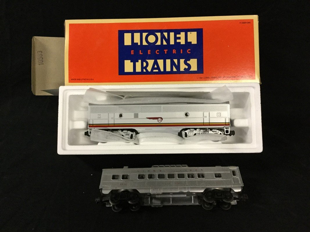 Two Lionel Electric coaches