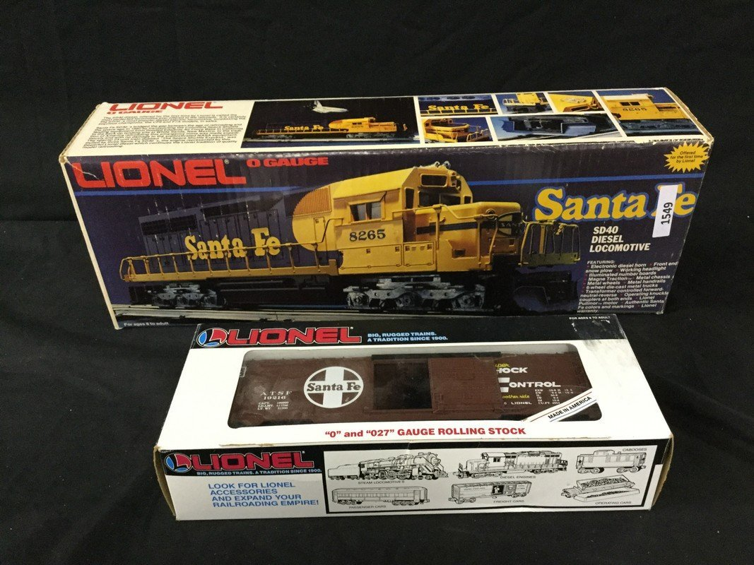 Lionel O gauge locomotive and boxcar