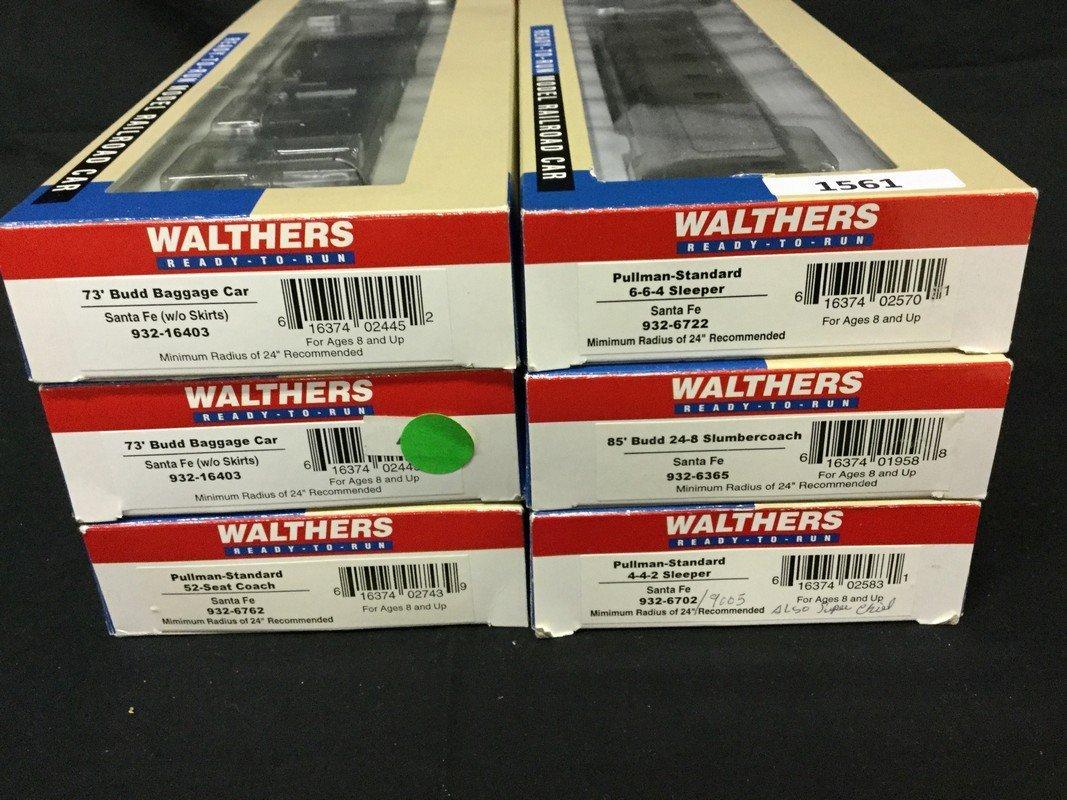 Six Walthers Ho scale cars - 2