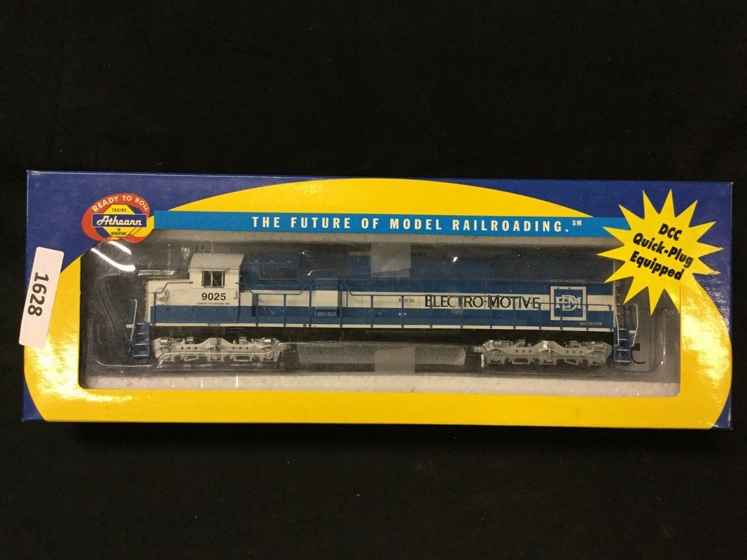 Athearn ready to roll DCC quick plug equipped