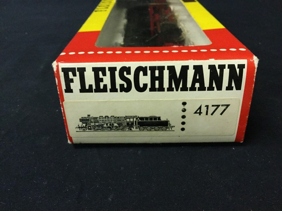 Fleischmann metal train engine and coal car. Made in - 2