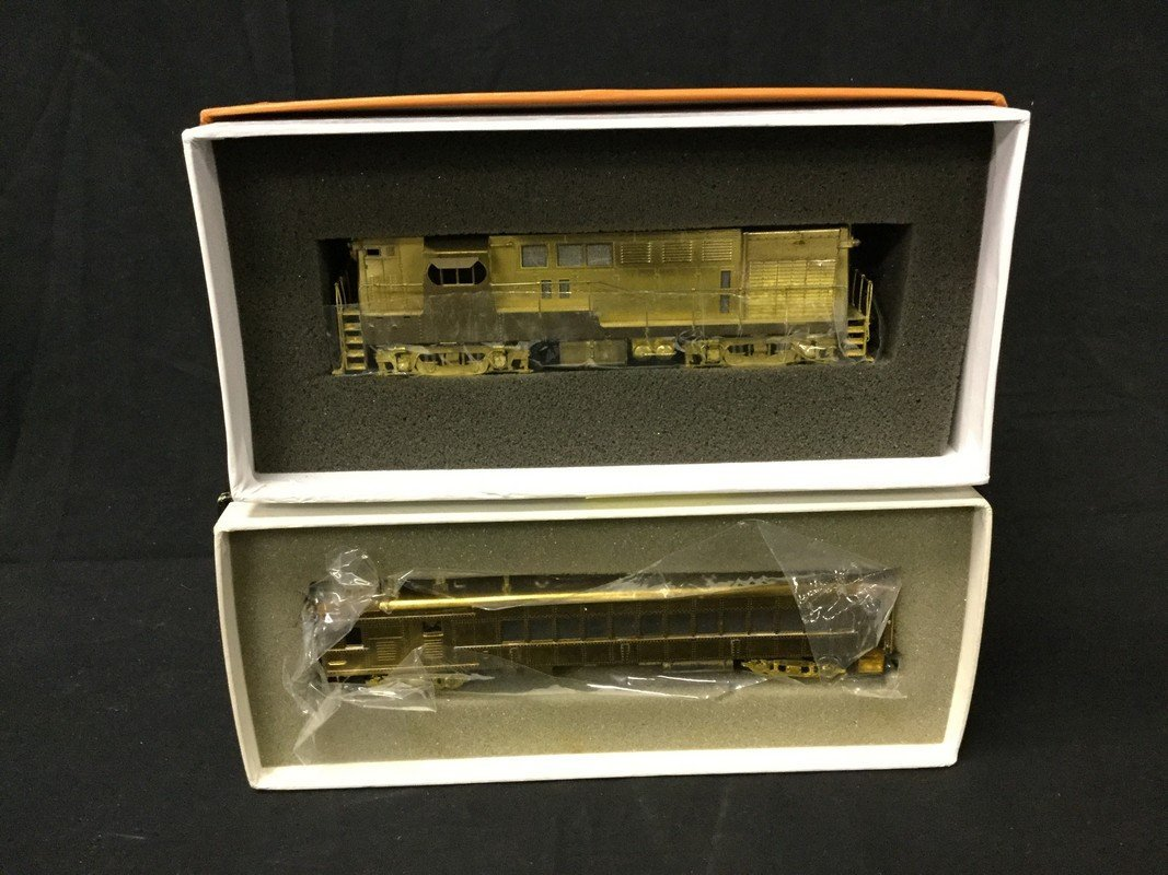 Brass Ho scale locomotives and coach