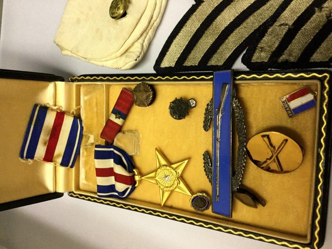 WWII memorabilia a silver star, purple heart, conduct - 3
