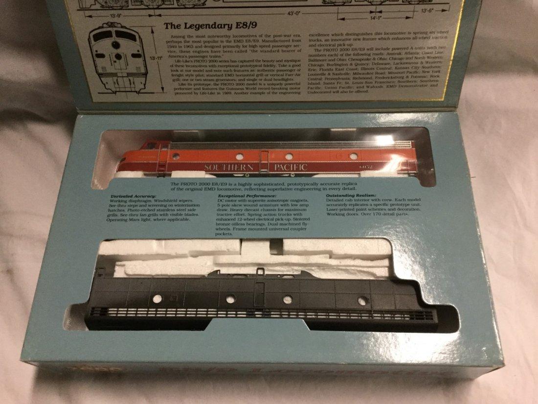 Proto 2000 series Model Trains - 2