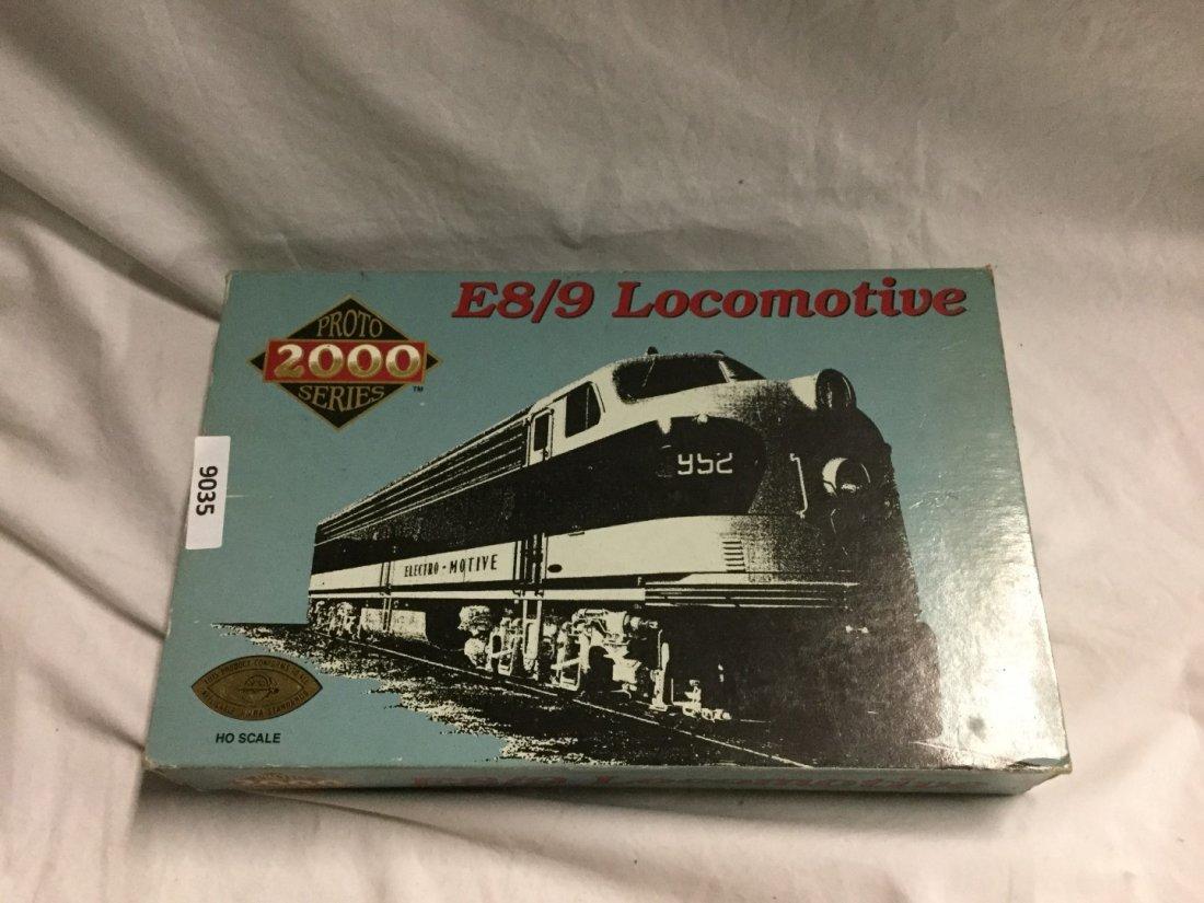 HO Proto 2000 series E8/9 Locomotive - 2