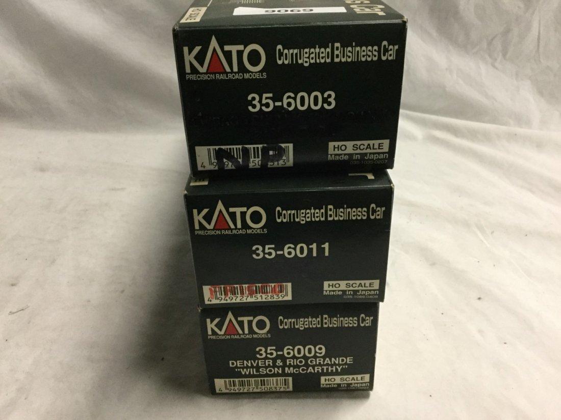 3 Kato Model trains - 2