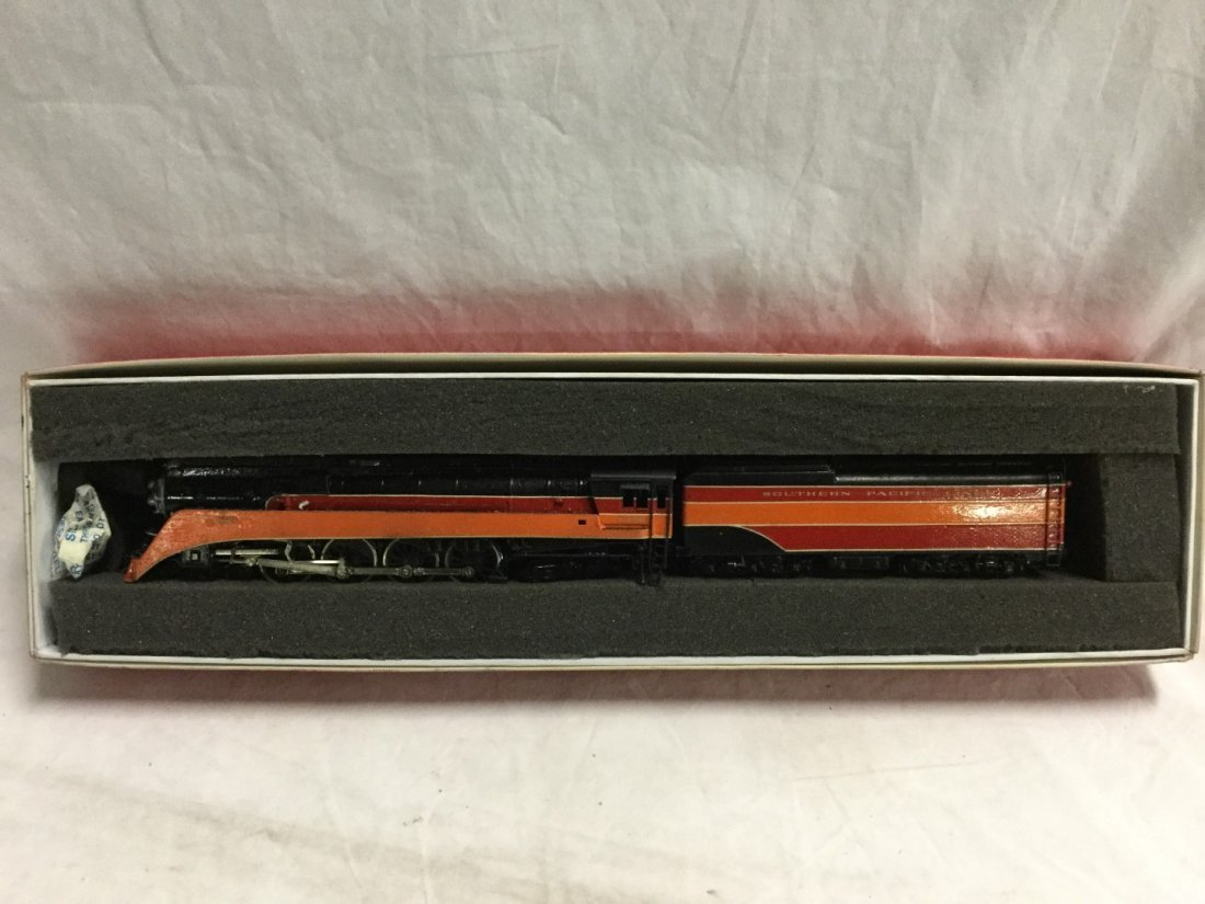 Southern Pacific Model Locomotive