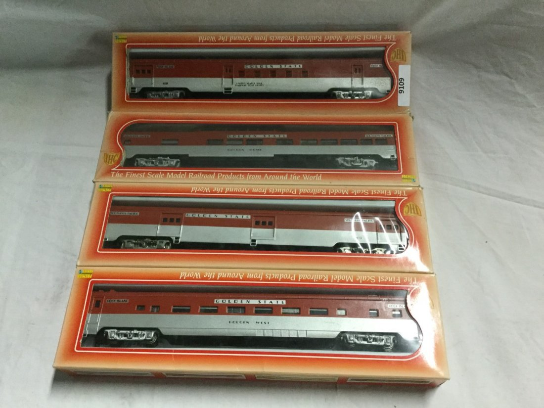 4 IHC Golden State model trains
