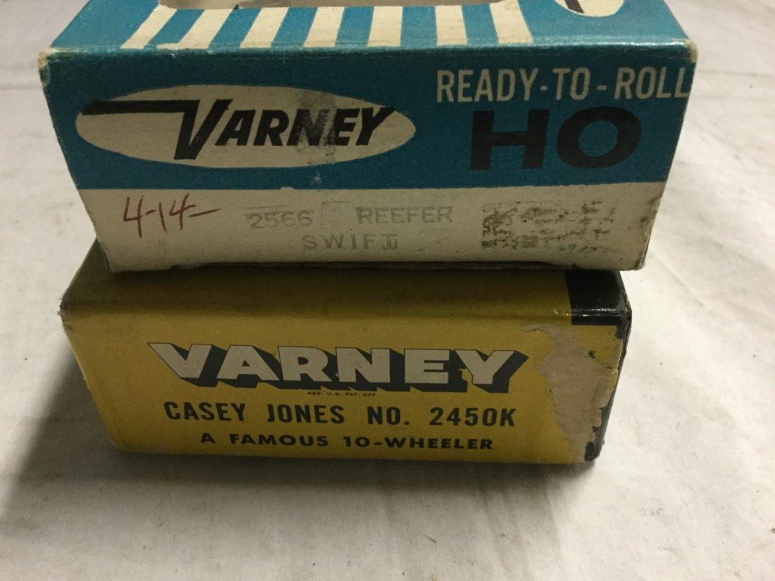 Varney Locomotive and swift reefer - 2