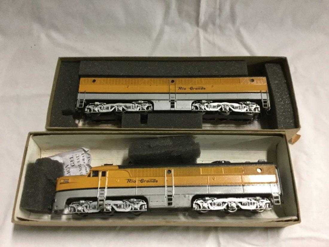 2 Athearn Rio Grande trains