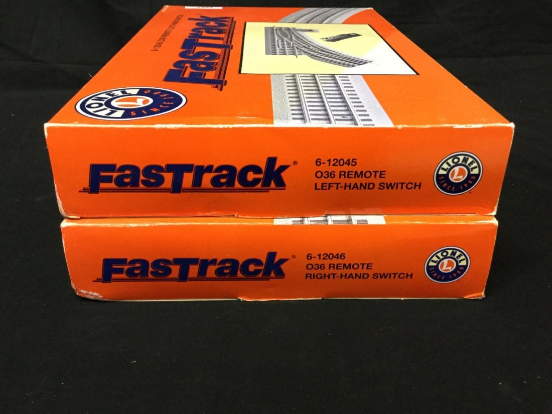 Two boxes boxes of Lionell fast track O36 gauge remote - 2