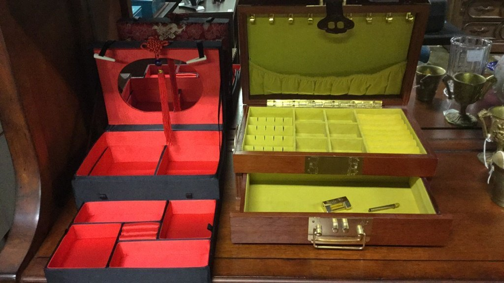 Two Asian jewelry boxes - 2