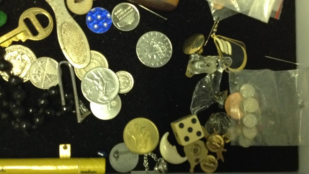 Tray of miscellaneous jewelry and contents - 3
