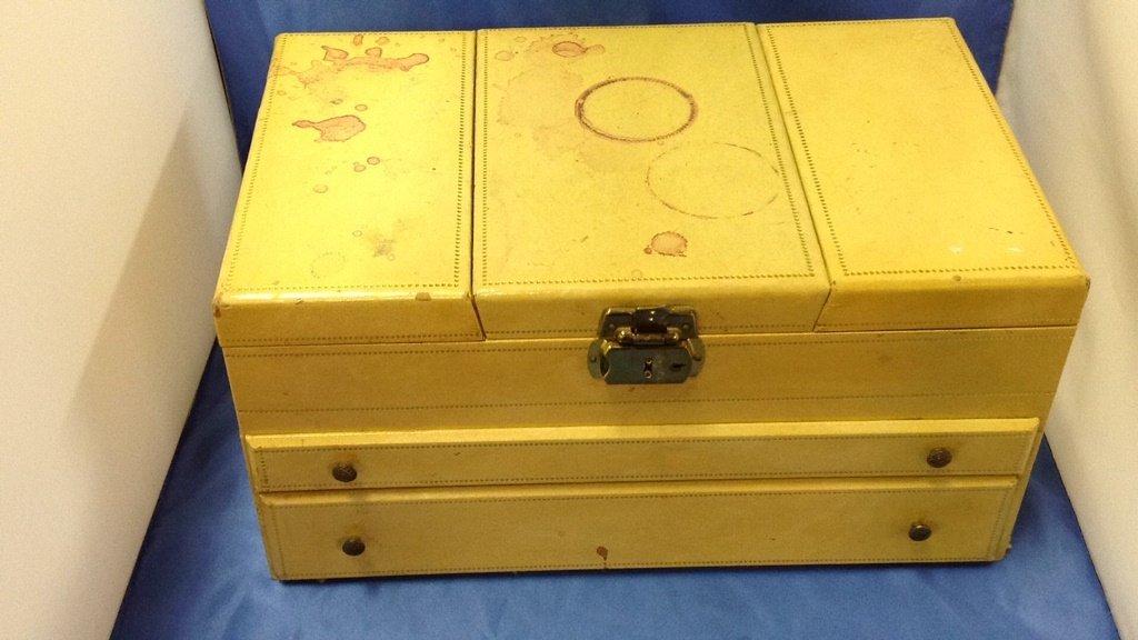 Large jewelry box - 2