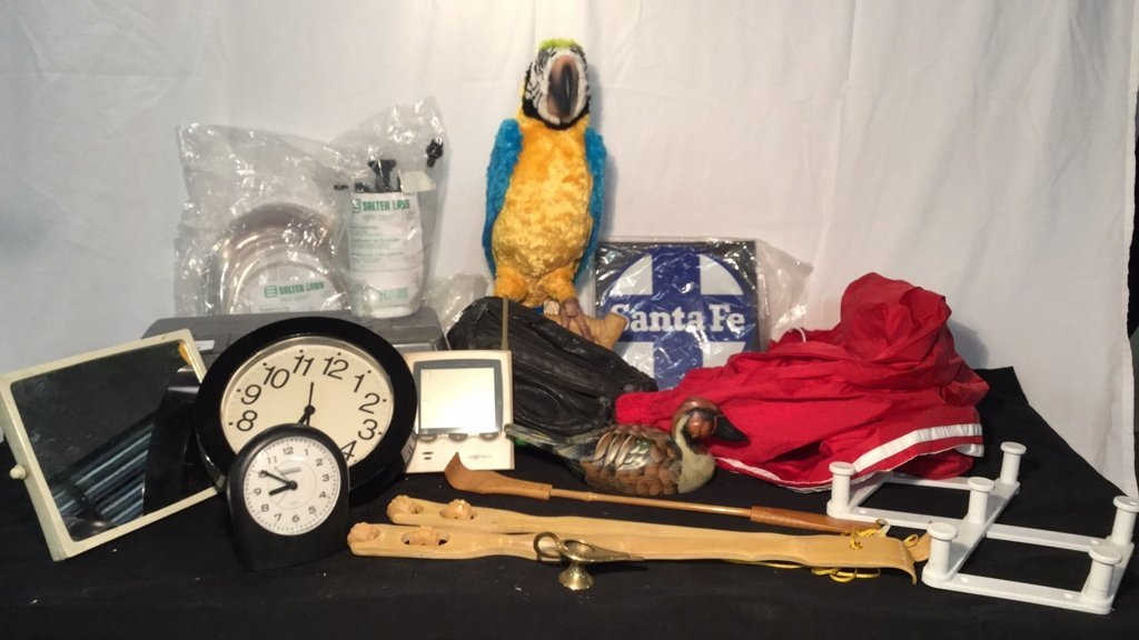 Box of miscellaneous collectibles