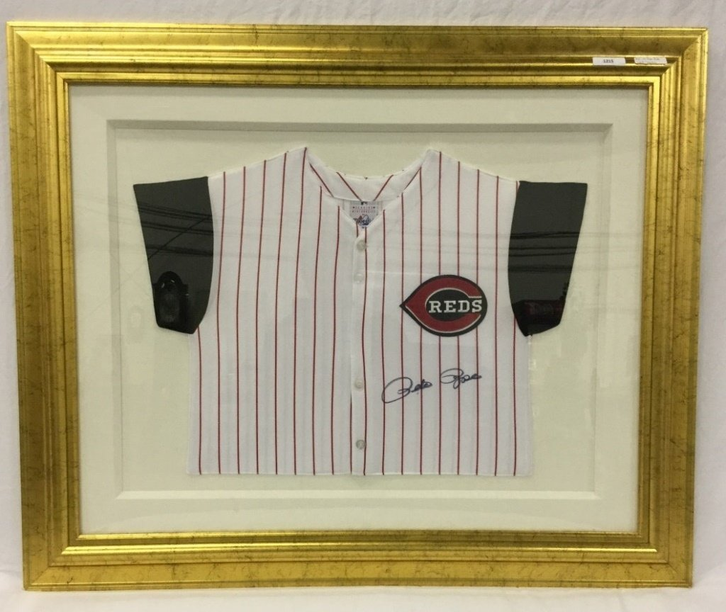 Signed framed Pete Rose jersey