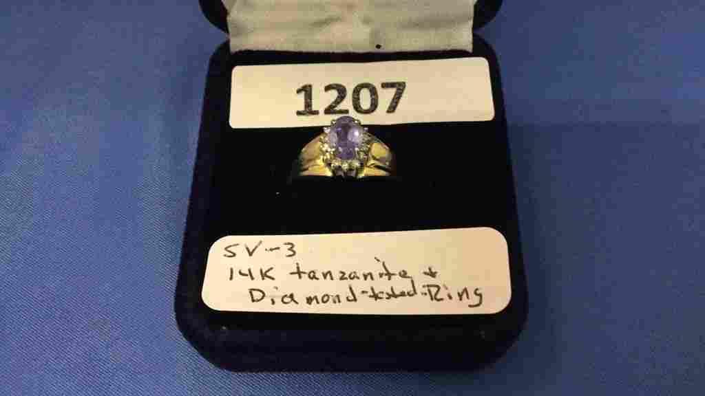 14k gold tanzanite and diamond ladies ring
