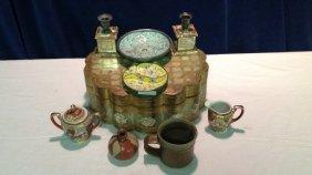 Wooden box, Japanese porcelain, pottery,