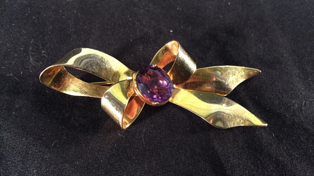 10k Gold Bow Brooch w/ Amethyst Stone