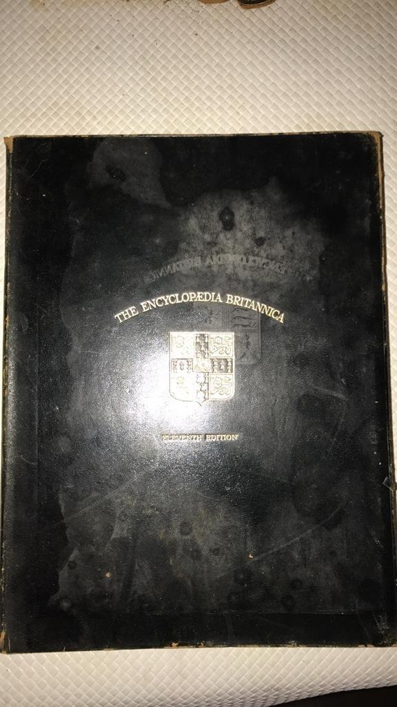 Encyclopedia Britannica set circa 1910 - 2