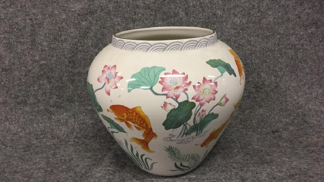 The vase of the golden carp by Zhe Zhou Jian - 2