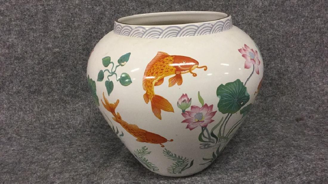 The vase of the golden carp by Zhe Zhou Jian - 3