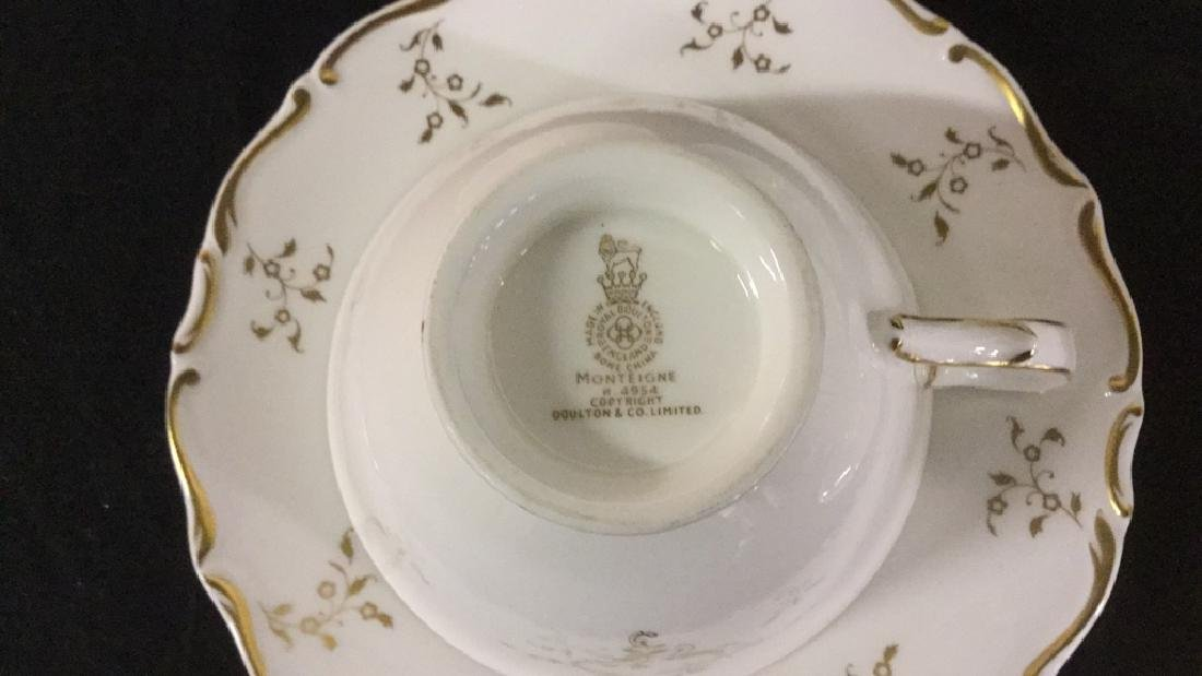 Set of 12 Royal Doulton Cups and Saucers - 3