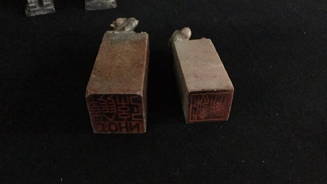 Small Asian figurines and stone stamps - 5