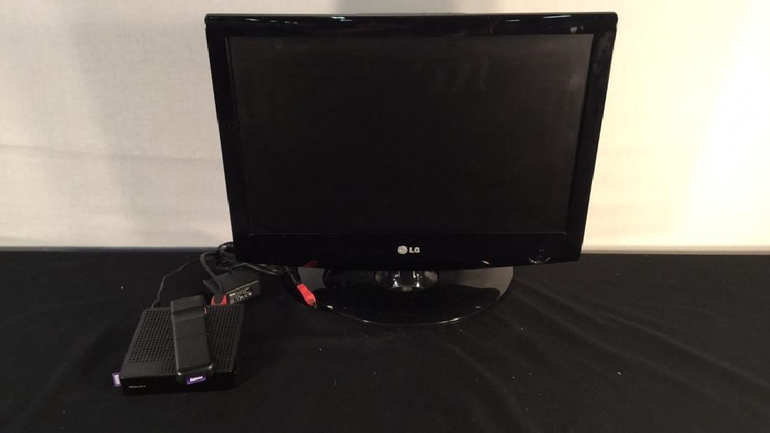 """LG 19"""" TV w/ Roku XDS system"""