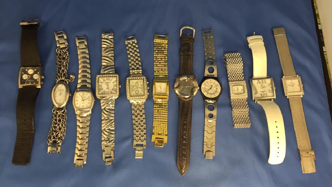 Lot of ladies wrist watches