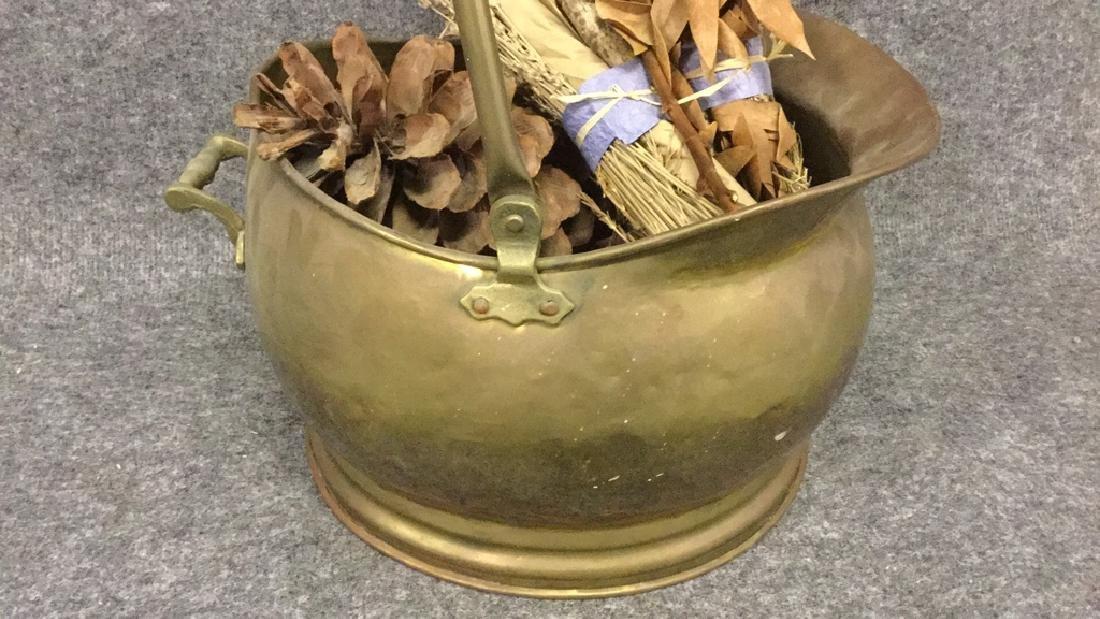 Brass coal scuttle - 2
