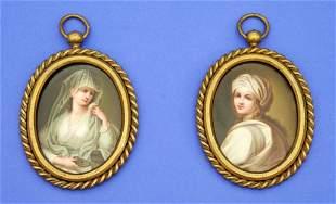 2 miniatures