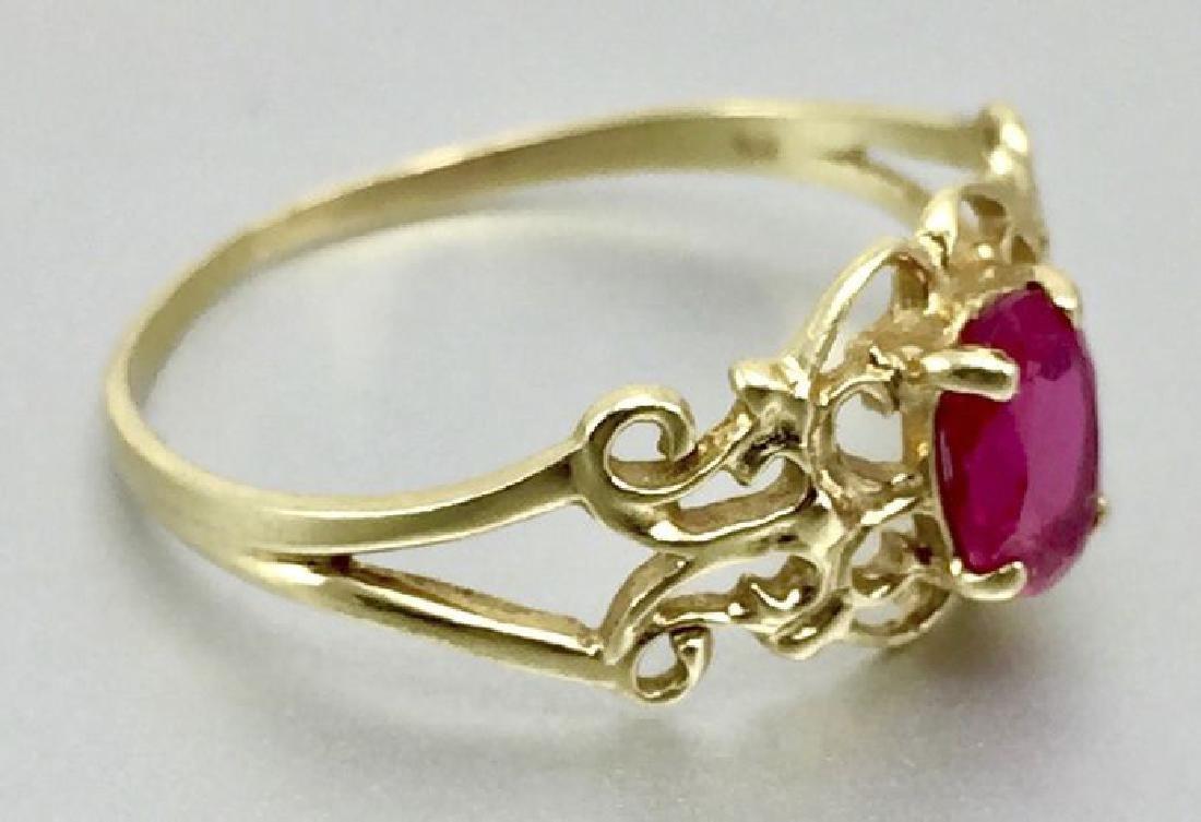 10 Karat Gold Ring With Ruby - 2