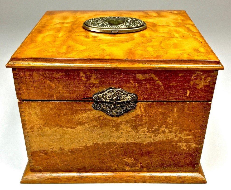 Antique Wooden Collar Box