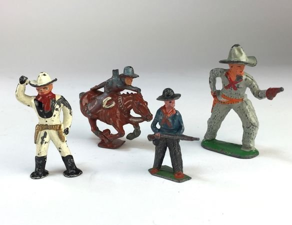 Set of Vintage Barclay/Manoil Cast Lead Cowboys