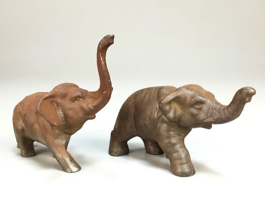 1920s Cast Iron Pair of Hubley Elephants