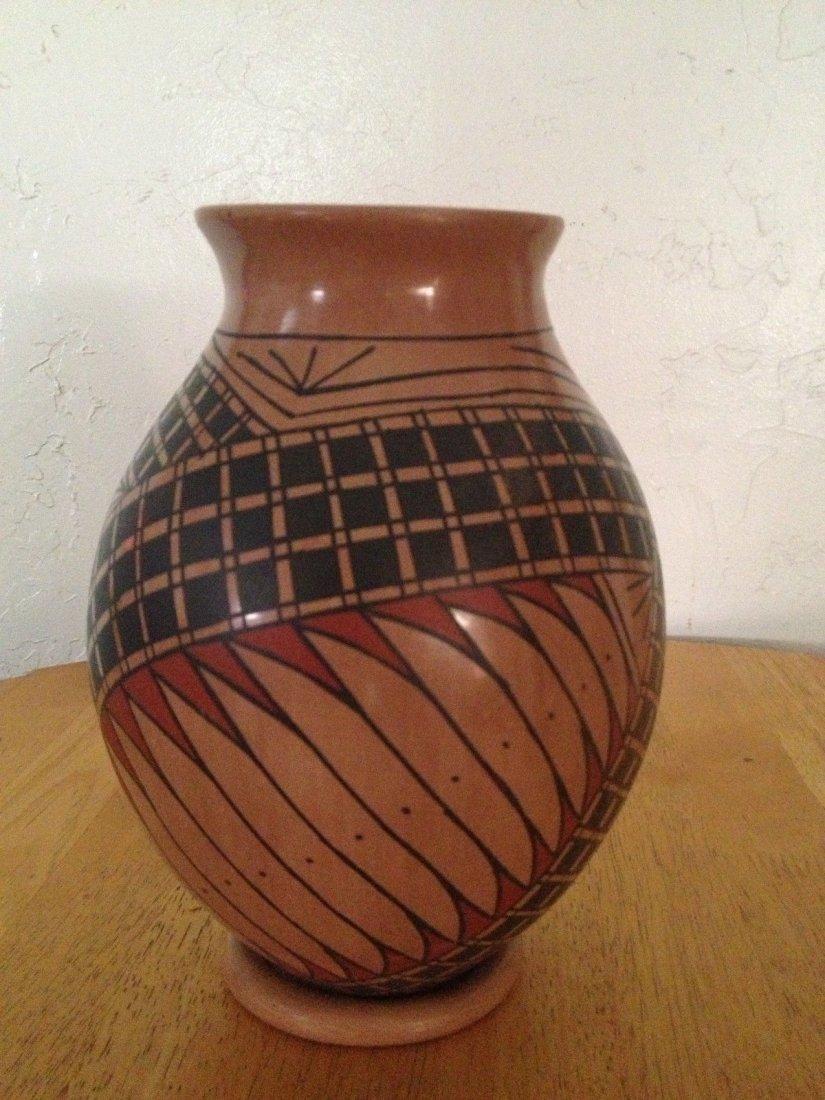 Mata Ortiz Pueblo Pottery Polychrome Olla Vase - 4