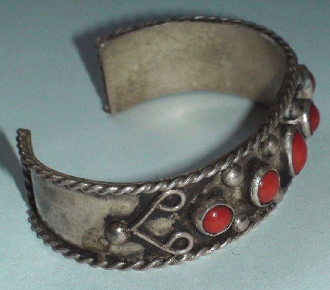 Native American Navajo Sterling Silver Coral Bracelet - 2